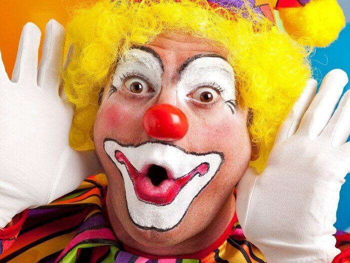 В час клоуна стоимость дали мягкие картины часы стоимость